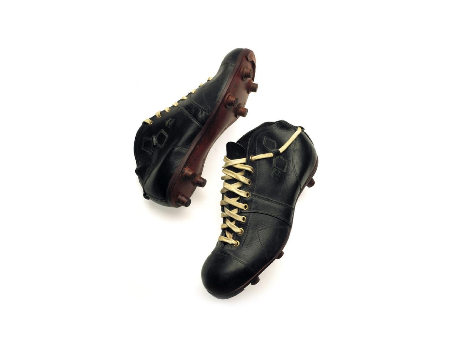 Chaussure de foot PUMA ATOM
